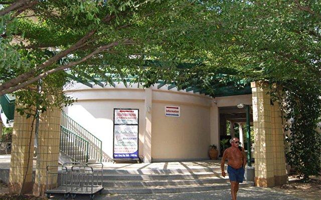 Leelawadee Lagoon Resort Hotel 10