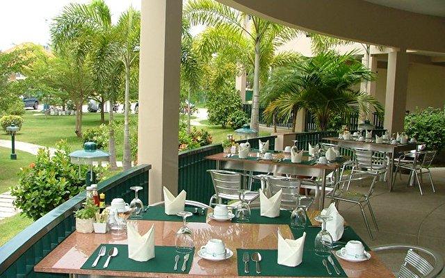 Leelawadee Lagoon Resort Hotel 3