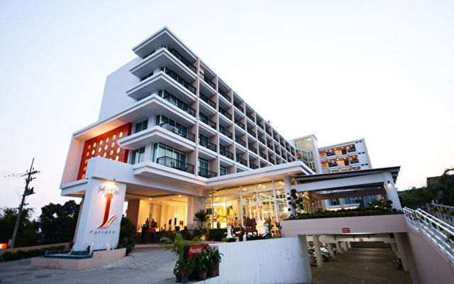 J Pattaya 1