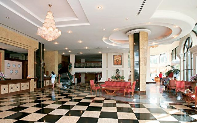 Camelot Hotel 3