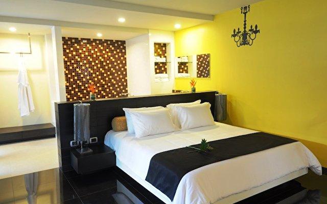 Tsix 5 Hotel  2