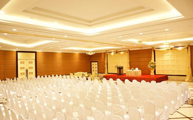 Mantra Pura Resort 1