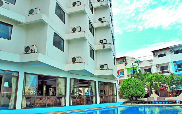 Jomtien Orchid Resort 1