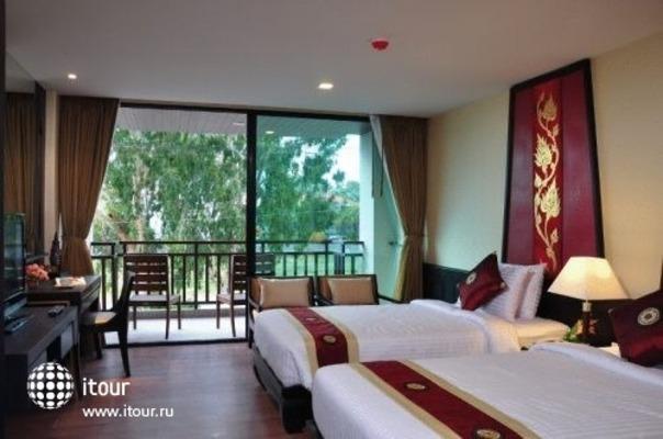 Royal Thai Pavilion 5