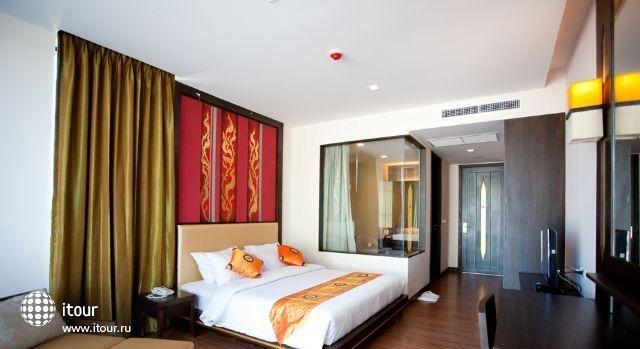 Royal Thai Pavilion 2