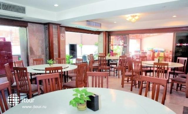 Grand Central Pattaya 9