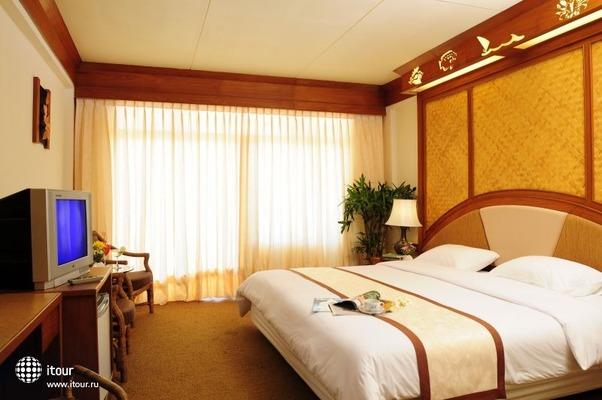 Golden Sea Pattaya 8