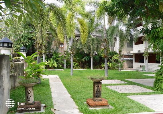 Lantana Pattaya Hotel & Resort 4