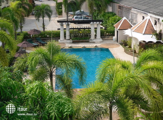 Lantana Pattaya Hotel & Resort 1