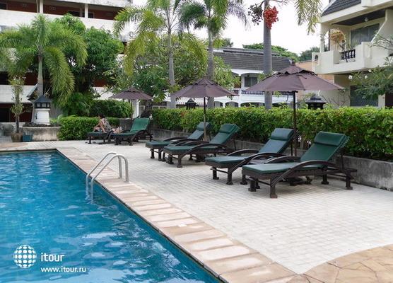 Lantana Pattaya Hotel & Resort 5