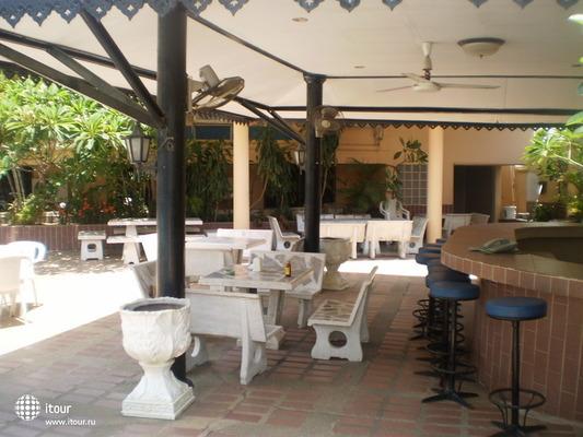 Suppamitr Villa 7
