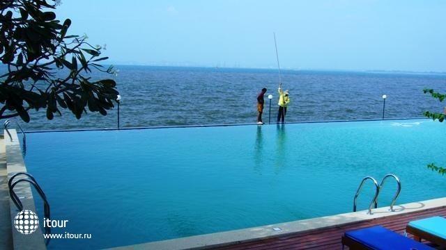 Marilyn Pool Villa Resort & Spa 7