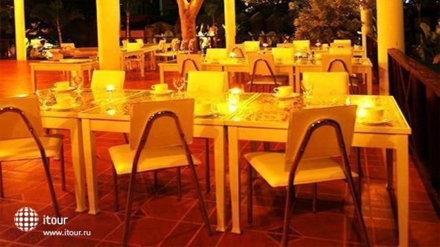 Marilyn Pool Villa Resort & Spa 8