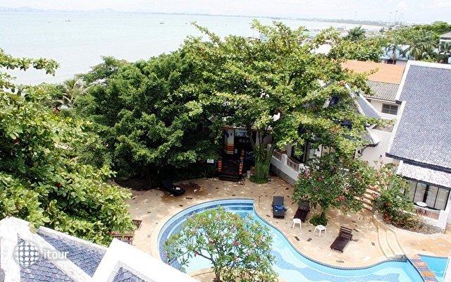 Naklua Beach Resort 6
