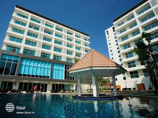 Centara Pattaya 1