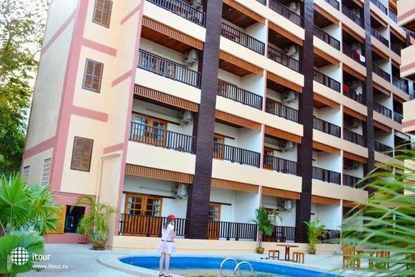 Grand Jasmine Resort 1