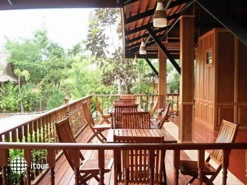 Inrawadee Resort 8