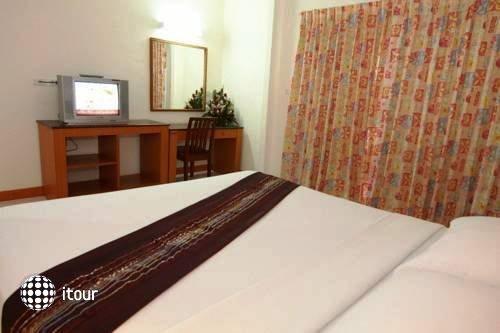 Eastiny Bella Vista Hotel & Residence 3
