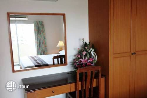 Eastiny Bella Vista Hotel & Residence 8