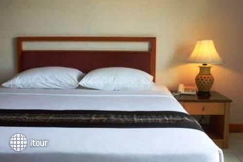 Eastiny Bella Vista Hotel & Residence 9