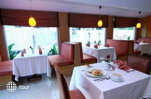 Eastiny Bella Vista Hotel & Residence 1