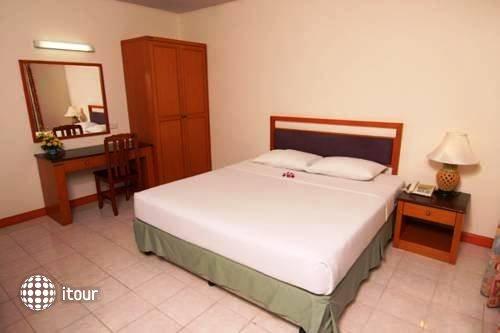 Eastiny Bella Vista Hotel & Residence 10