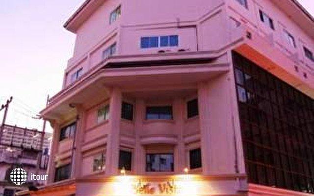 Eastiny Bella Vista Hotel & Residence 2