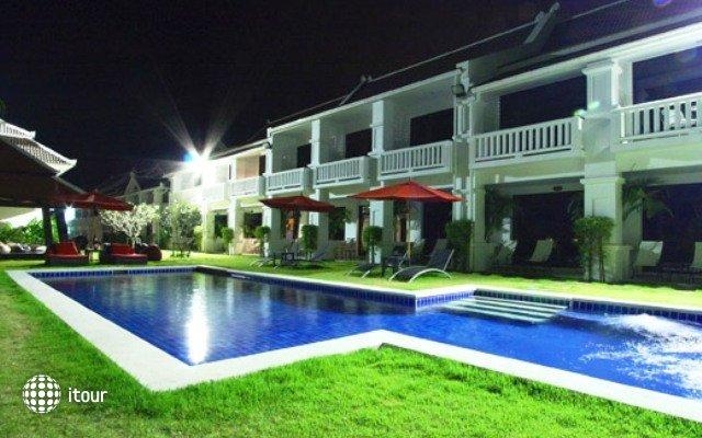 The Palm Grove Resort 9