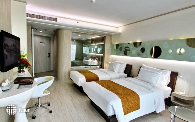 Pattaya Discovery Beach Hotel 4