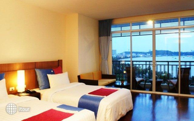 Pattaya Discovery Beach Hotel 6