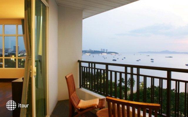 Pattaya Discovery Beach Hotel 10