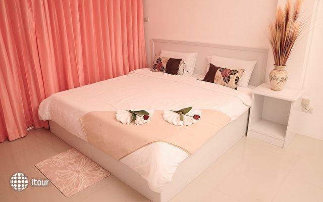 Malee Jomtien Room Service Lodge 4