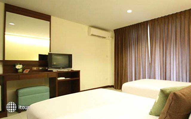 Windmill Resort Hotel 5