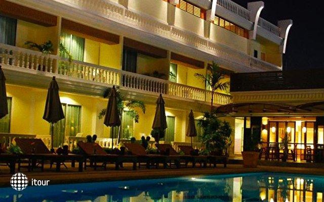 Windmill Resort Hotel 10