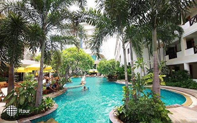 Seabreeze Jomtien Resort 2