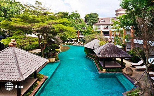 Woodlands Resort 1