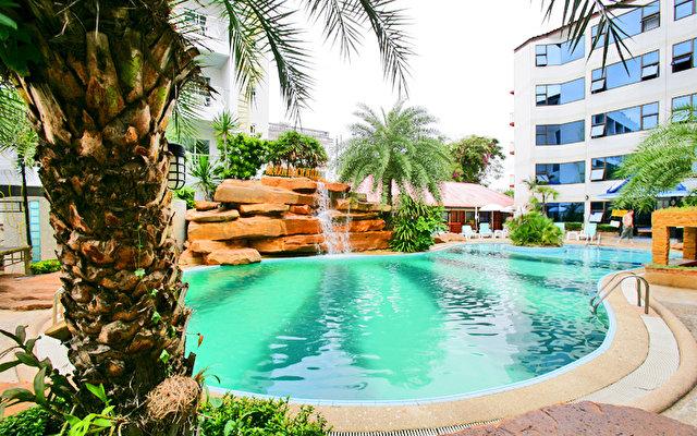Jomtien Dragon Beach Resort 1