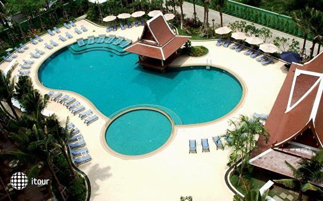 Mercure Pattaya Hotel 2