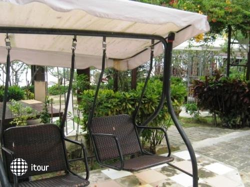 Banthaisangthain Resort 8