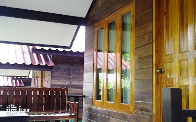 Ban Chom Samed Resort 8