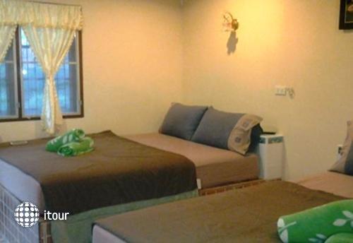 Ban Leelawadee Guesthouse 4