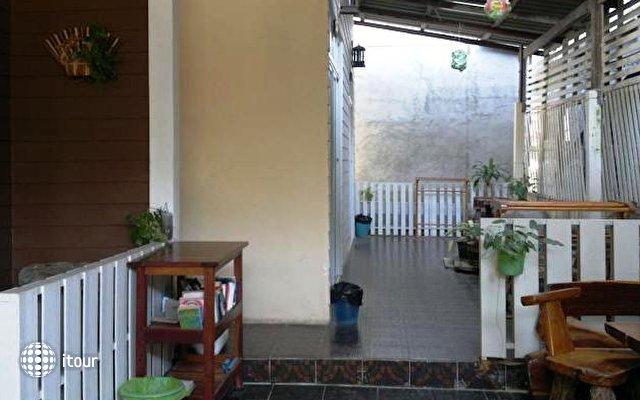 Ban Fahsai Guest House 7