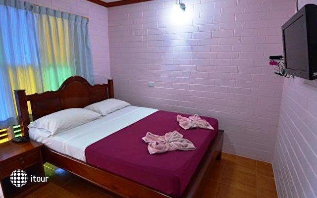 Bell House Resort 4