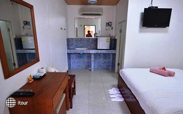 Bell House Resort 8