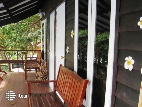 Sangthian Beach Resort 4