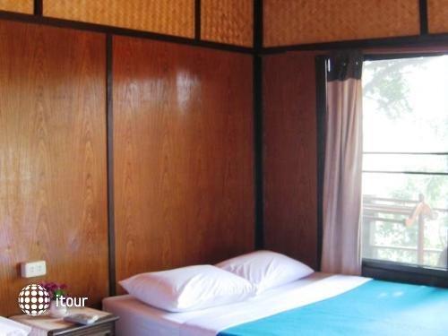 Sangthian Beach Resort 10