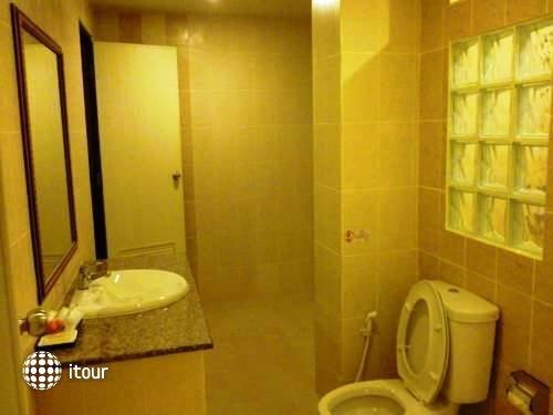 Rayong Lanna Hotel 7