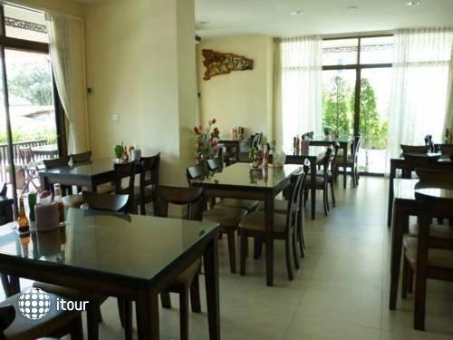 Rayong Lanna Hotel 10