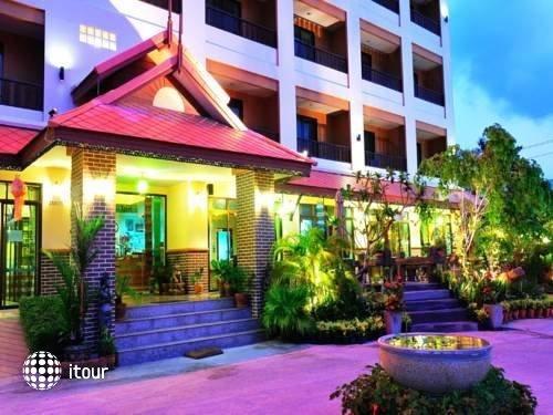 Rayong Lanna Hotel 4