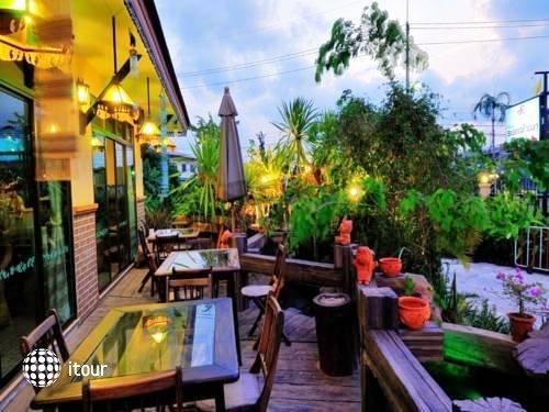 Rayong Lanna Hotel 2